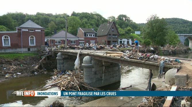 Inondations: l'accès au hameau de la Raye, le long de la Vesdre, est compliqué